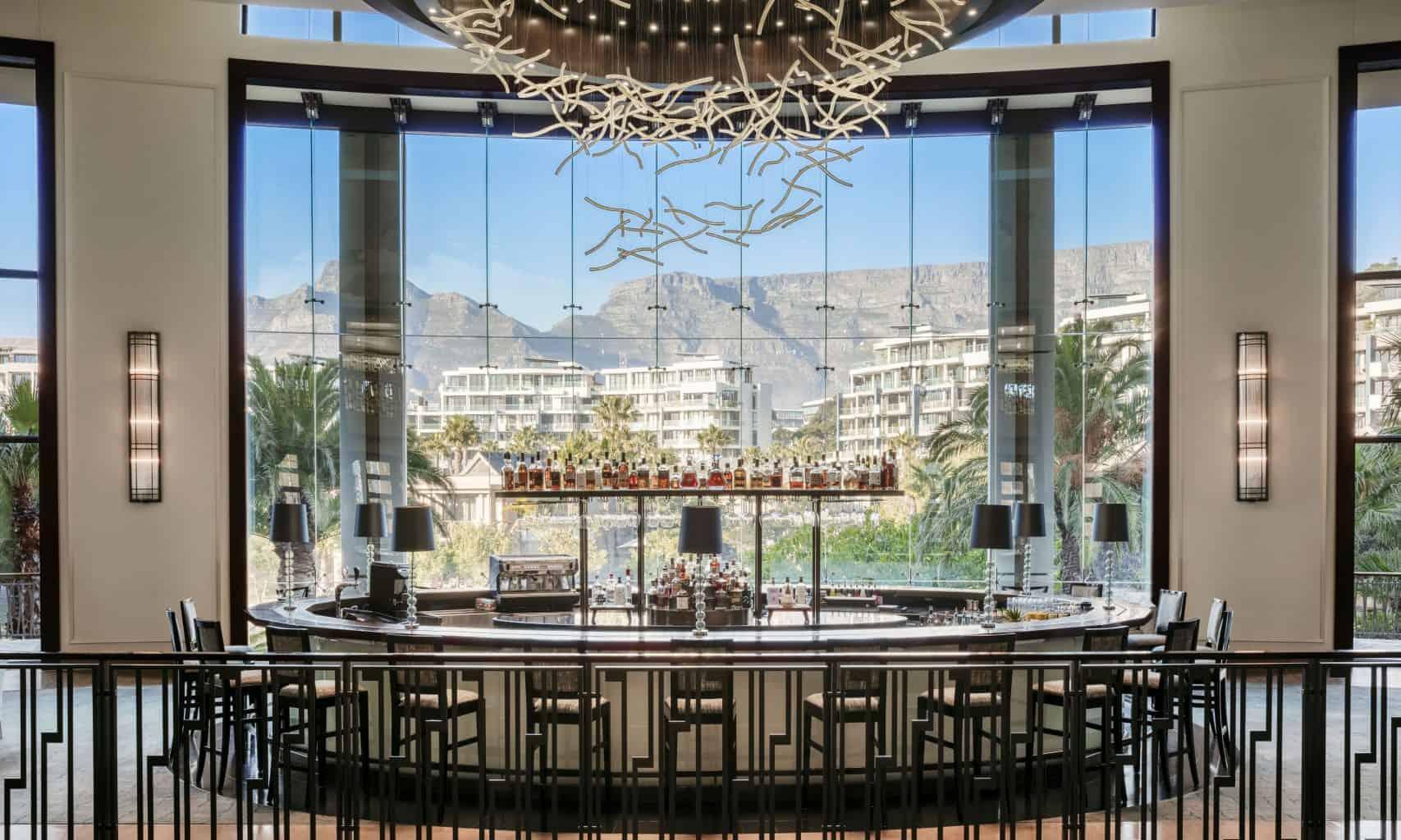 Vista Bar & Lounge